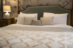 Cromwell Hotel Astley Suite